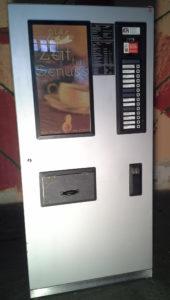 Kaffeeautomat_50x85x183_Stehhöhe ca. 173